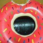 【送料無料で1000円】可愛いデザインのドーナツフロート(浮き輪)を買ってみました!