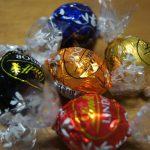 クリスマスやお正月のお土産にも素敵!リンツ リンドールチョコレート
