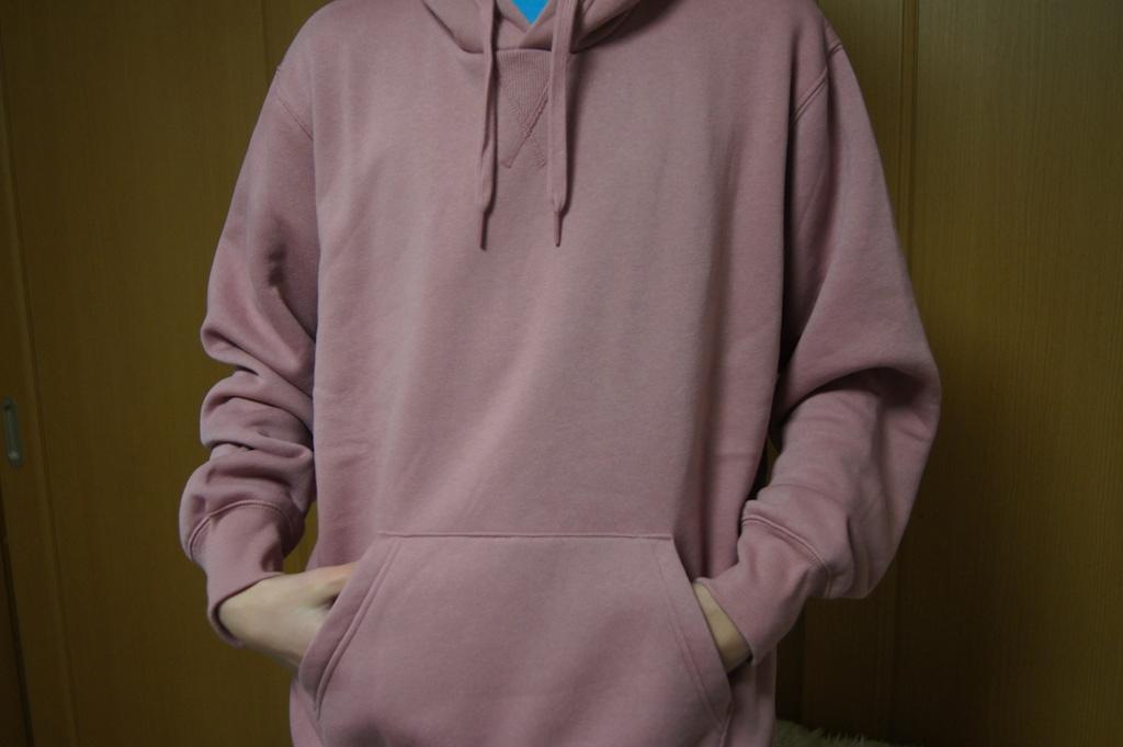 GU スウェットプルパーカ(長袖)PINK for men を買ってきました。